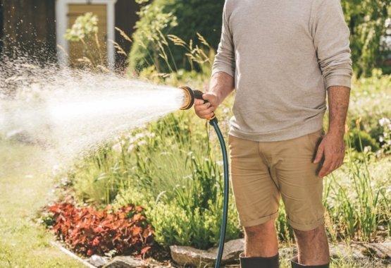 Sproeikoppen en tuinspuiten